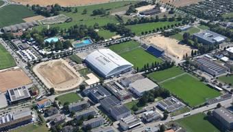 links neben dem Velodrome die Baustelle des Turnerstadion, weiter rechts das Wembley, wo zwei Kunstrasenplätze entstehen