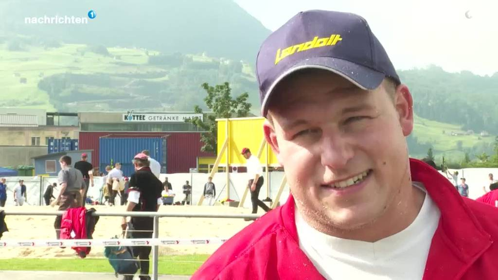 Christian Schuler gewinnt SZ Kantonalschwingfest in Ibach