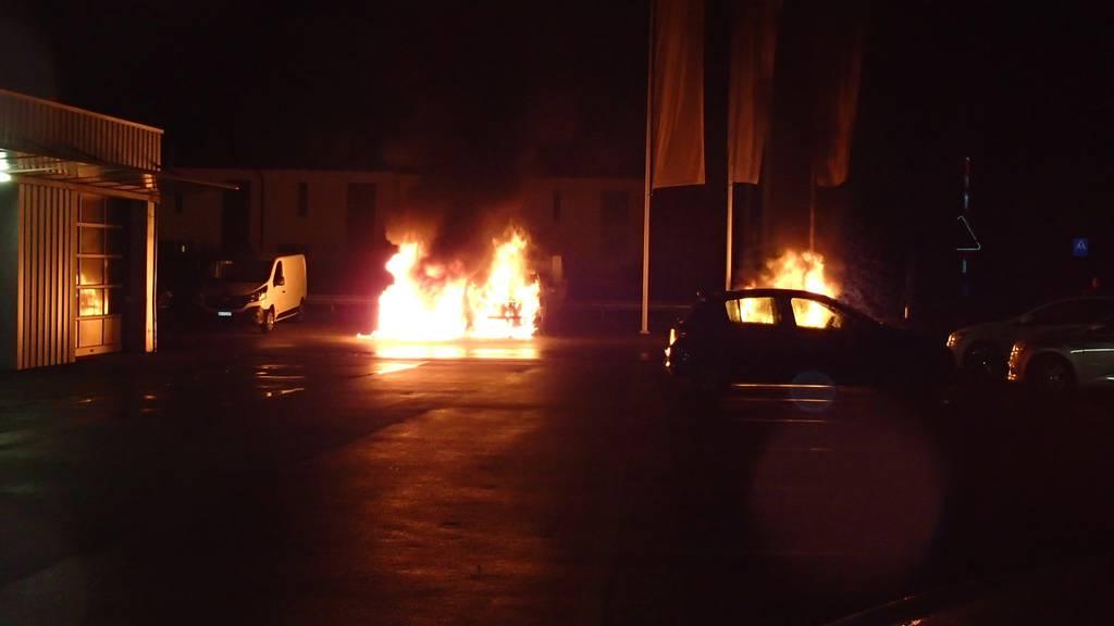Brand bei Autogarage