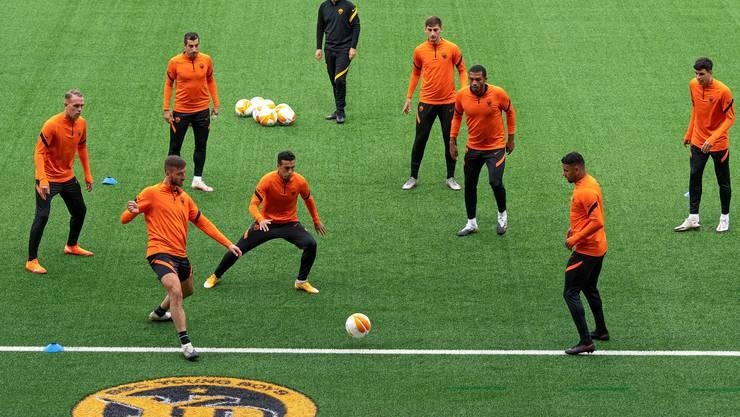 Die AS Roma beim Abschlusstraining im Wankdorf.