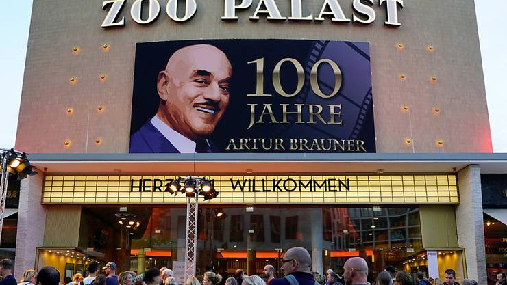 Bei einer Gala in Berlin hat der Filmproduzent Artur Brauner im letzten September seinen 100. Geburtstag gefeiert. Am Sonntag ist er gestorben. (Archivbild)