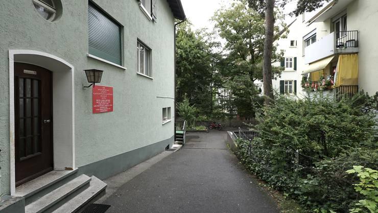 Die Moschee der Islamische König Faysal Stiftung an der Friedensgasse in Basel.