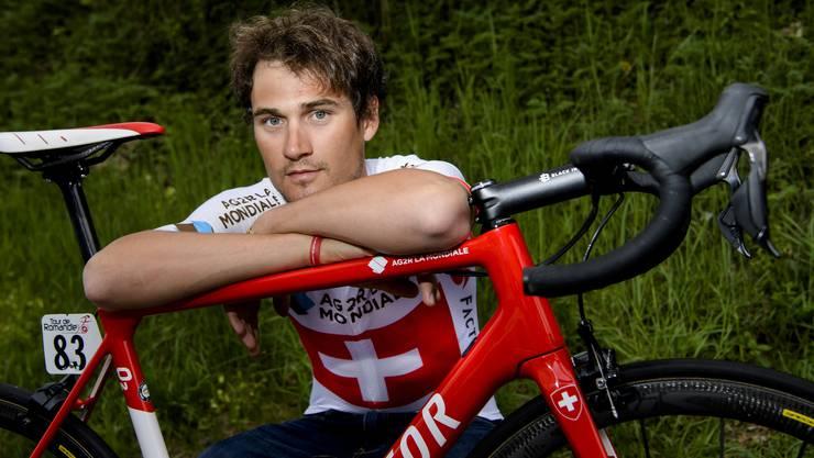 Alle Augen auf den Lokaltmatador: Silvan Dillier mit seinem in den Farben des Landesmeisters lackierten Rennrad.