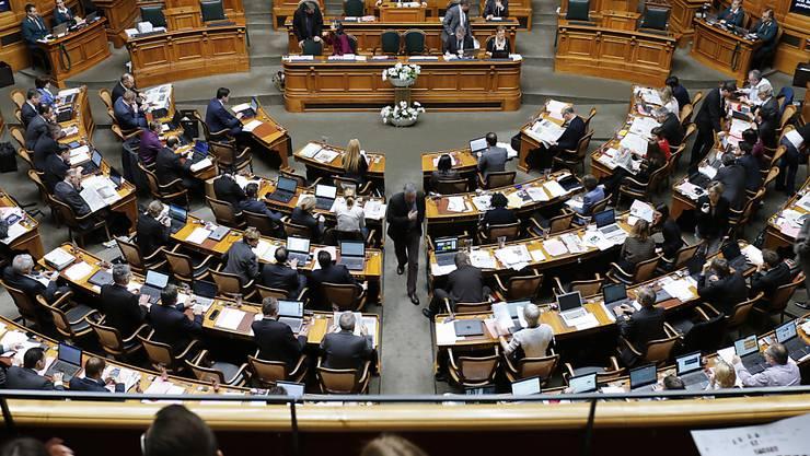Die Experten werden zunächst das Nettoeinkommen der Ratsmitglieder und deren Aufwand für die parlamentarische Tätigkeit ermitteln und so die mittlere Entschädigung pro Arbeitsstunde errechnen. (Archivbild)