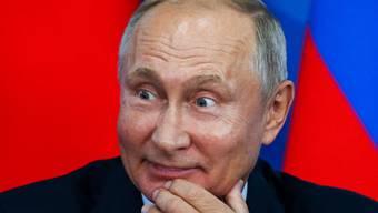 Nur eine Provokation? Der russische Präsident bietet Japan einen Friedensvertrag an - Tokio will aber die Kurilen zurückhaben.