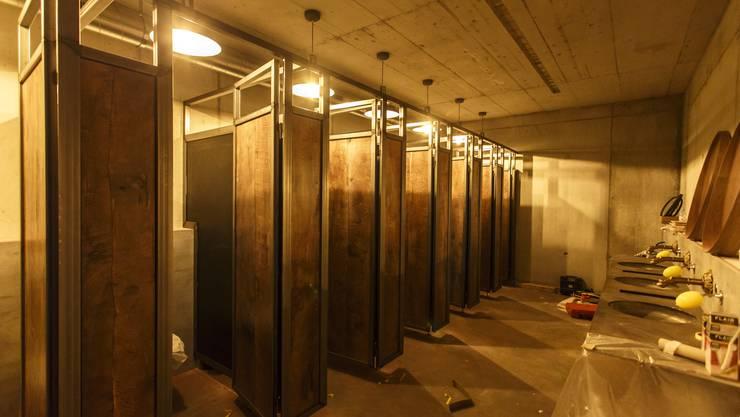 Aus drei WCs konnte durch den Anbau sieben werden