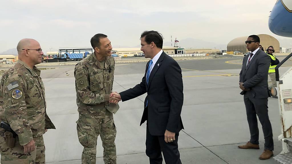 US-Verteidigungsminister zu unangekündigtem Besuch in Kabul