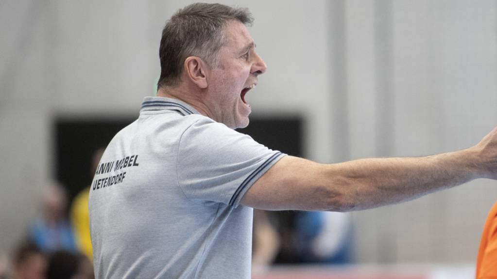 Der Thuner Trainer Martin Rubin führte sein Team zu einem problemlosen Sieg (Archivbild)