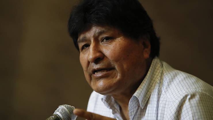 ARCHIV - Evo Morales, ehemaliger Präsident von Bolivien, spricht bei einer Pressekonferenz. Foto: Natacha Pisarenko/AP/dpa
