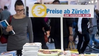 Der günstige Euro lockt Reisende ins Ausland