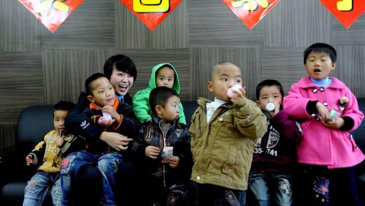 China bleibt das bevölkerungsreichste Land der Erde. 2018 wurden jedoch deutlich weniger Kinder geboren als noch im Vorjahr. (Symbolbild)