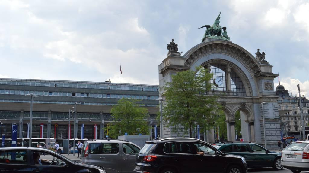 Gratis-Internet in Bahnhöfen ab Mitte 2014