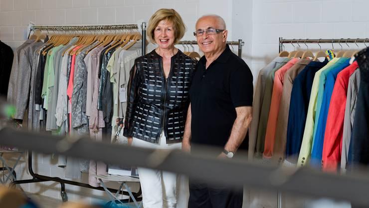 Hanny und Tarek Baghdadi sind mit einem Hippie-Lädeli im Ziegelrain gestartet, heute feiern sie 40 Jahre «Scooter Fashion».Emanuel Freudiger