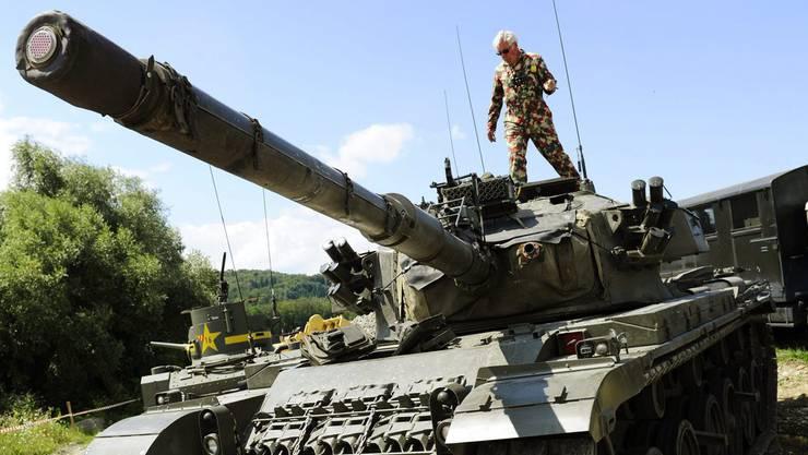 Bald soll ein Panzer 57 Centurion an der Liestaler Oristalstrasse 100 stehen.
