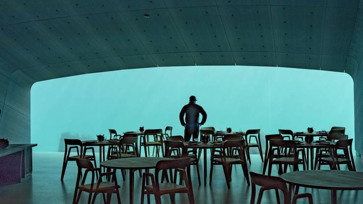 In Norwegen können Besucher nunmehr in ein Restaurant unter Wasser gehen.