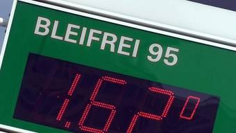 Das bleifreie Benzin zeigt Wirkung