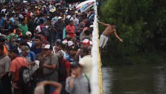 Hoffnung auf ein besseres Leben: Tausende Migranten aus Honduras versuchen via Mexiko in die USA zu gelangen.