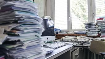 """Zu viel Arbeit, zu wenig Erholung: Das """"Bündnis gegen Burnout und Gratisarbeit"""" wehrt sich gegen Vorstösse aus dem Parlament, die den Arbeitnehmerschutz teilweise lockern würden. (Symbolbild)"""