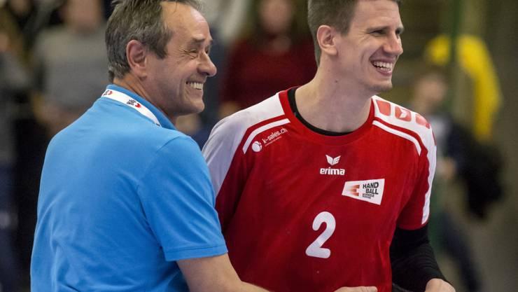 Der Schweizer Trainer Rolf Brack mit seinem Starspieler Andy Schmid