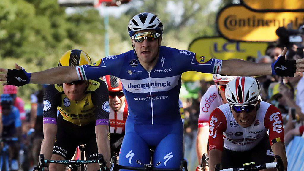 Elia Viviani jubelt in Nancy über seinen ersten Etappensieg im Rahmen der Tour de France