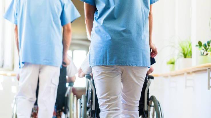 Der Bundesrat hat Sonderregelungen erlassen für das Gesundheitspersonal.