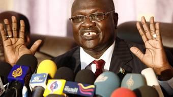 Der südsudanesische Oppositionschef Riek Machar, der mit dem Präsidenten im machtpolitischen Konflikt steht, hat das Land verlassen. (Archivbild)