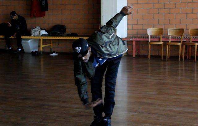 Jathee Ramanathan tanzt «Freestyle» - ohne Choreographie