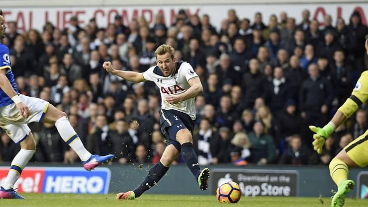 Tottenhams Torgarant Harry Kane erzielt gegen Everton nach einer knappen Stunde seinen zweiten Treffer zum zwischenzeitlichen 2:0