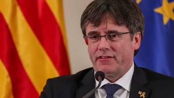Der katalanische Separatistenführer Puigdemont kandidiert bei der Europawahl im Mai als Spitzenkandidat des Bündnisses JuntsxCat (Gemeinsam für Katalonien). (Archivbild)