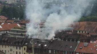 Es brennt am Albisriederplatz – Leserbild von watson.ch.