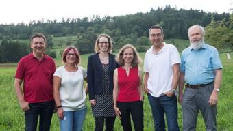 Die Mitglieder des Kernteams der IG Attraktives Riniken (von links): Andreas Brack, Tamara Gygax, Malu Strauss, Astrid Baldinger, Ralf Seidel und Konrad Vögele. zvg