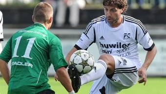 Carmine Pascariello (rechts), der ehemalige Spieler des FC Muri amtet jetzt als Trainer. Alexander Wagner