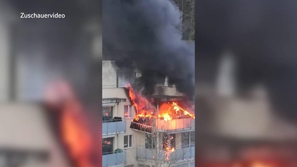 Gasgrill löst Brand in Brugg aus