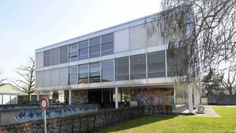 Die Gesamtsanierung der Breite-Schulhäuser wird auf 2025 verschoben. (Archiv)
