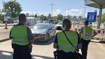 Die Basler Polizei kontrollierte am Sonntag Dutzende Autos.