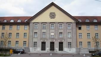 Das Bezirksgericht Zürich verurteilte den Österreicher wegen Urkundenfälschung zu einer Geldstrafe. (Symbolbild)