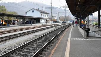 Der Mann, der am Donnerstagabend am Bahnhof Oensingen aufgefunden wurde, wies schwere Verletzungen auf. (Symbolbild)