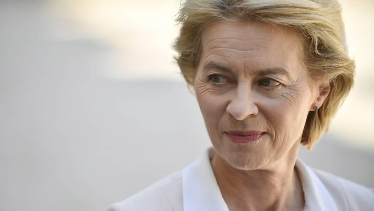 """Die gewählte EU-Kommissionspräsidentin und ausgebildete Ärztin Ursula von der Leyen hat den Klimawandel mit einer Krankheit beim Menschen verglichen. Heute habe """"unsere Welt ein leichtes Fieber."""" (Archivbild)"""