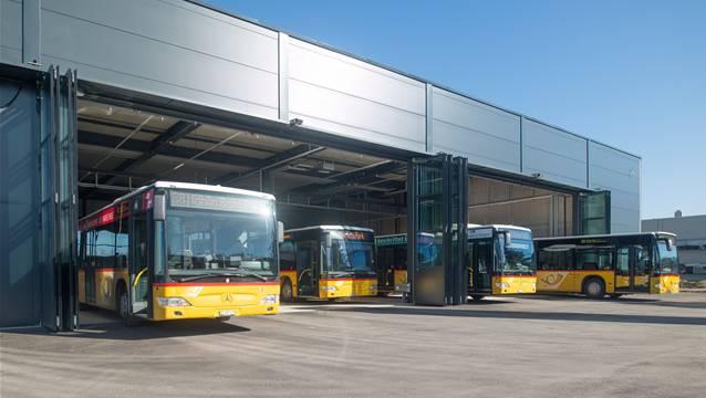 Die neue Einstellhalle für bis zu 16 Postautos in Möhlin.