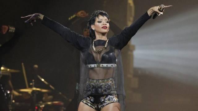 Behörden in Thailand lesen ihre Tweets: Sängerin Rihanna (Archiv)