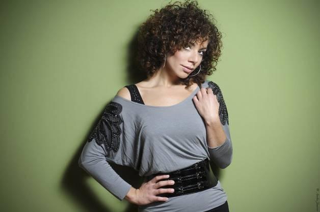 Edita Abdieski aus Bern greift in Deutschland zu den Popsternen.