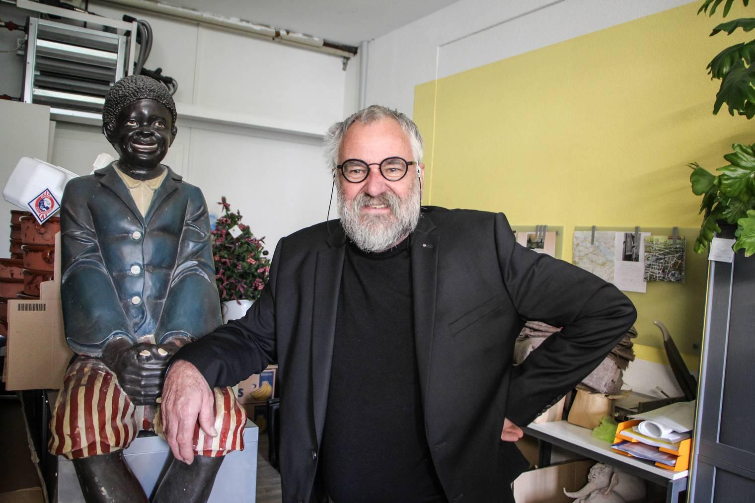 René Engeler hat unzählige Schaufenster dekoriert. (Bild: FM1Today/Stefanie Rohner)
