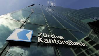 Als wichtigstem Finanzstandort der Schweiz obliege es dem Kanton Zürich, die Finanzströme in eine klimaverträgliche Richtung zu steuern, begründeten die Grünen ihr Begehren. (Archiv)