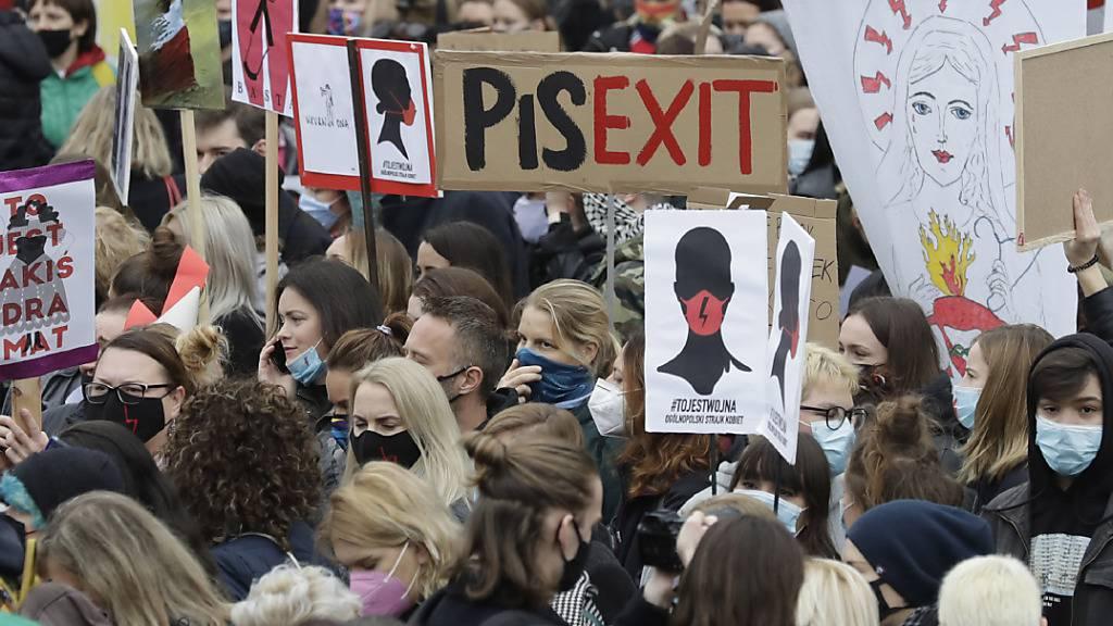«Mein Körper, meine Wahl» - Polen wehren sich