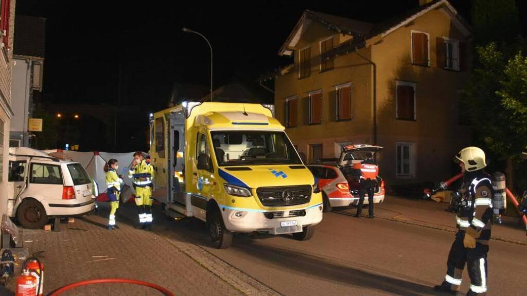 Eine Person kam bei dem Unfall in Uzwil ums Leben. Zwei weitere erlitten Verletzungen, eine davon flüchtete.
