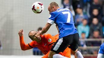 Nur ein Remis für Holland (hier Robben gegen Lindpere) in Estland
