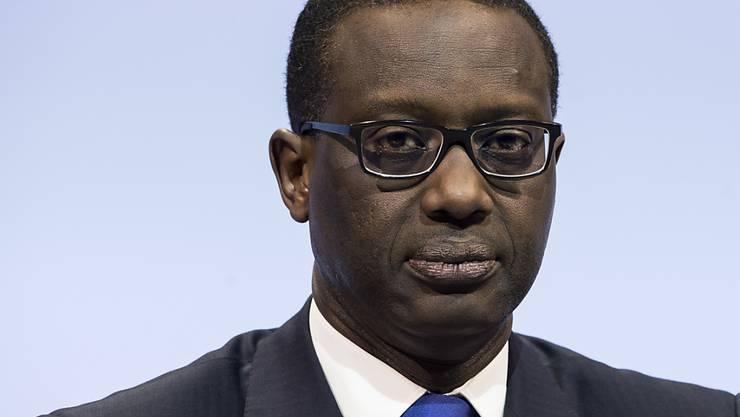 Credit Suisse-Chef Tidjane Thiam muss im ersten Quartal 2016 einen Reinverlust der Bank verkünden. (Archiv)