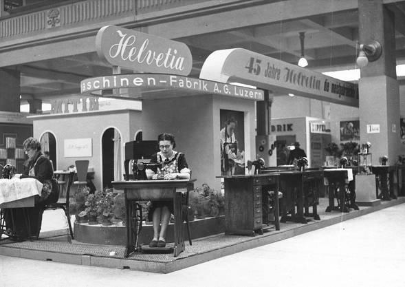 1940: Neuheiten der Schweizerischen Nähmaschinenfabrik AG Luzern an der Mustermesse