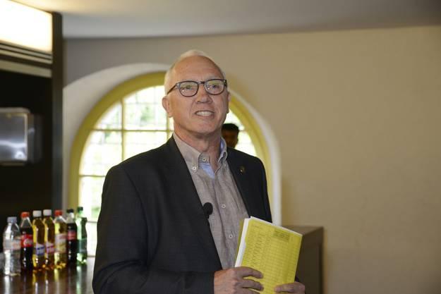 Stadtschreiber Hansjörg Boll verkündete das Ergebnis