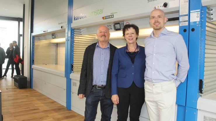 Regierungsrätin Esther Gassler mit den Jowissa-Eigentümern Leander (links) und Simon Wyss